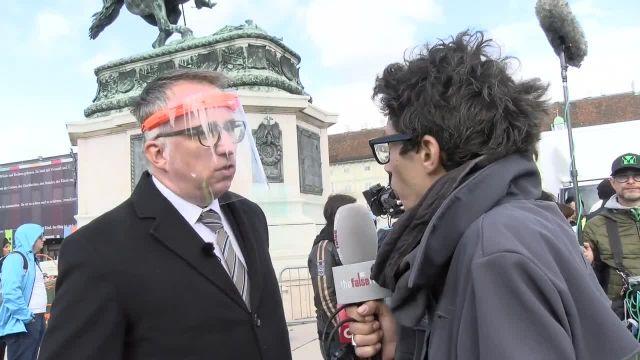 Manu in Aktion! ++ ORF Redakteur Peter Klien sieht keinen ORF?!