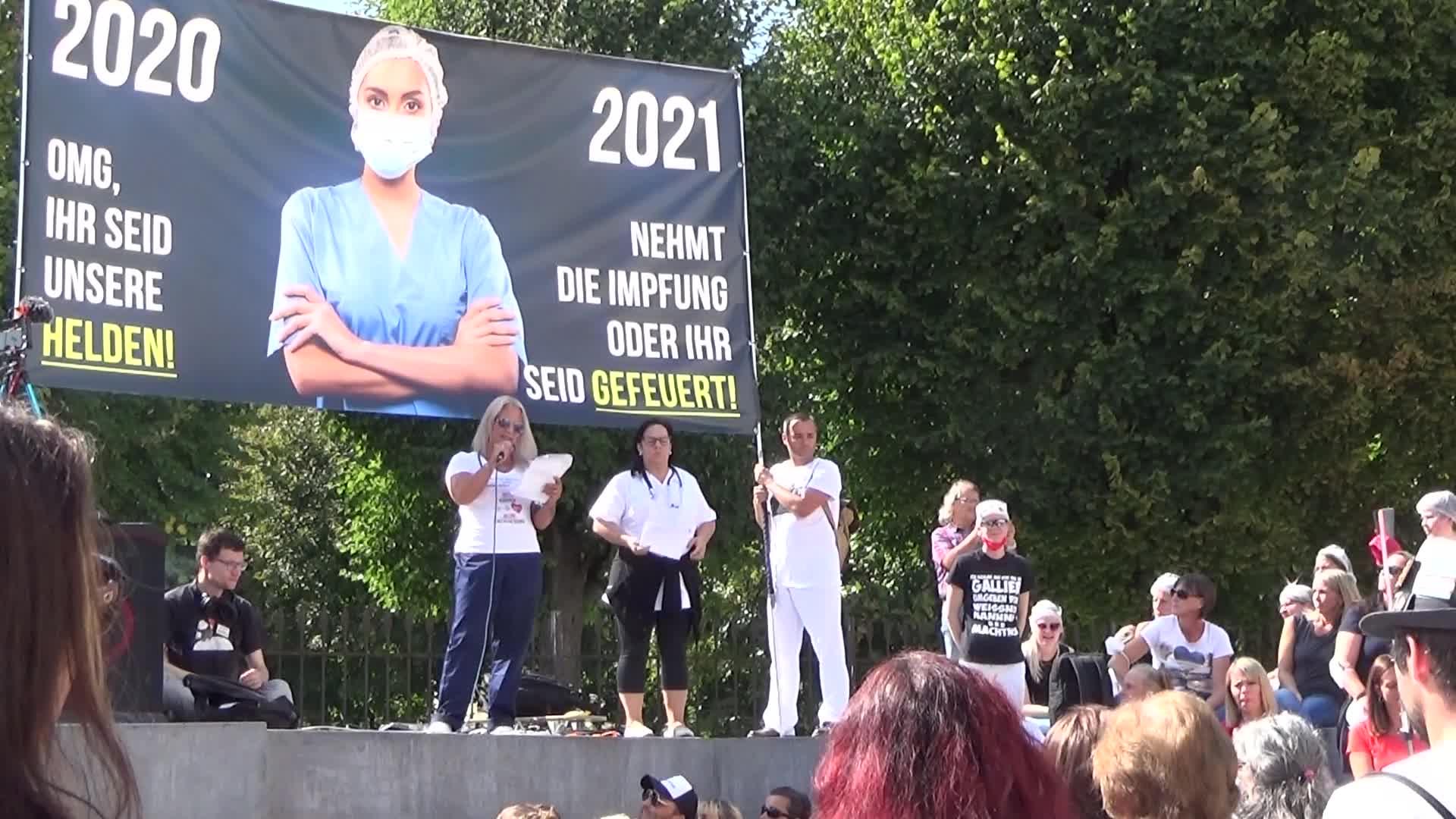 Impfzwang Muss das medizinische Personal erst die Arbeit niederlegen? 11.9.21 Wien Mediziner Demo